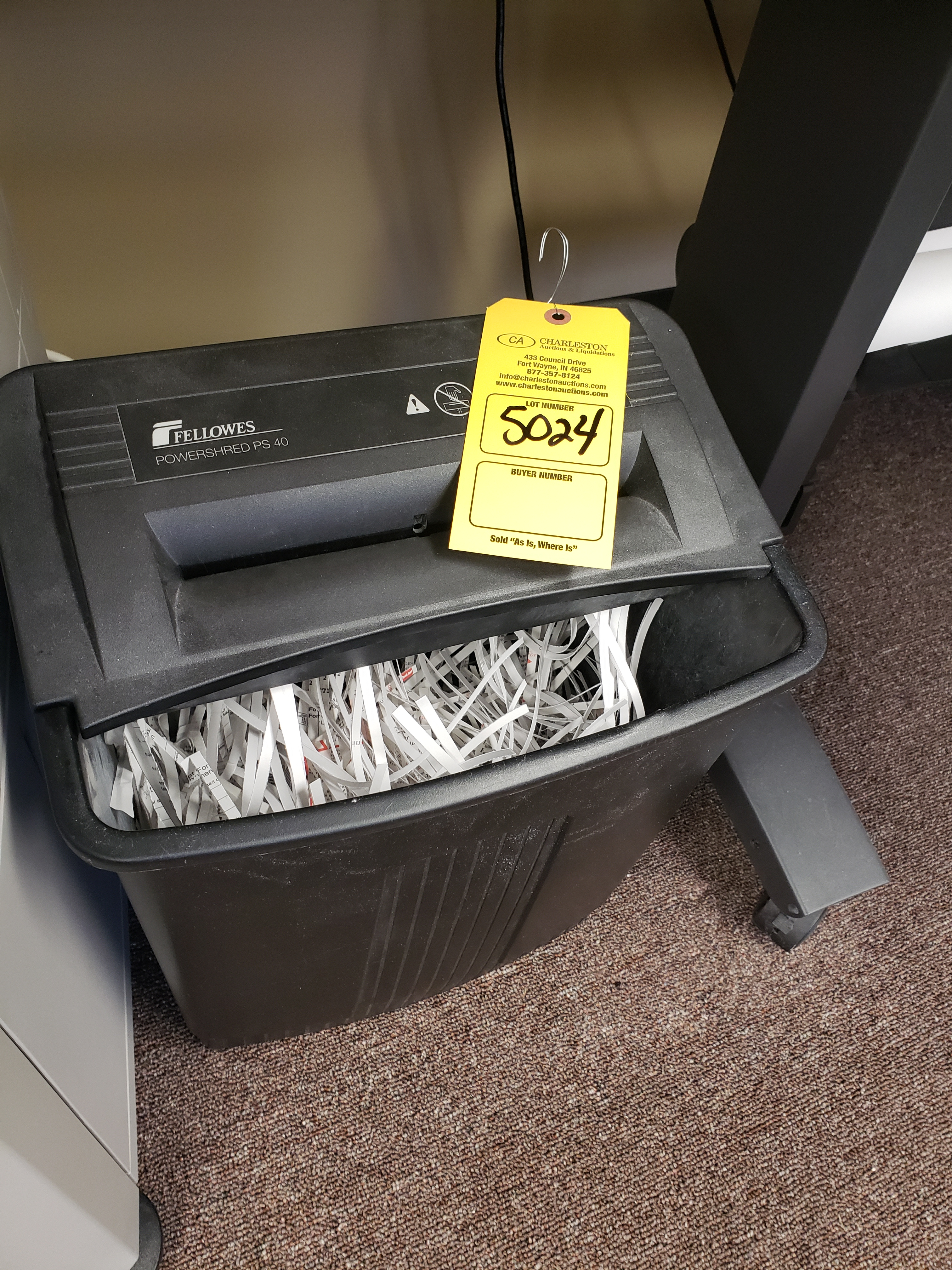 Lot 5024 - PAPER SHREDDER FELLOWES POWERSHRED PS40 (LOCATED AT: 16335 LIMA ROAD BLDG. 4 HUNTERTOWN, IN 46748)
