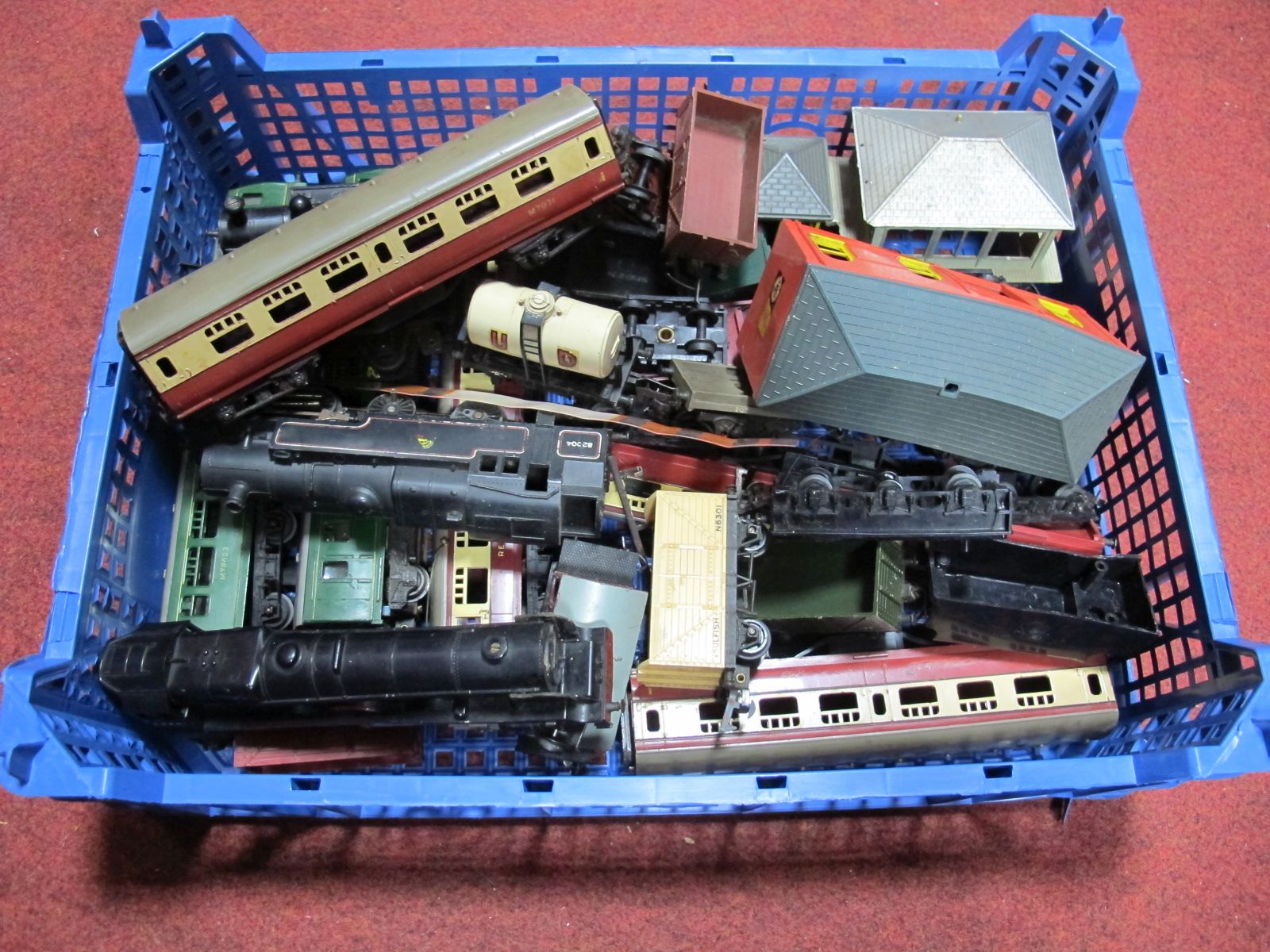 """Lot 466 - A Quantity of Triang """"OO"""" Gauge Railway, including locomotives, all playworn."""