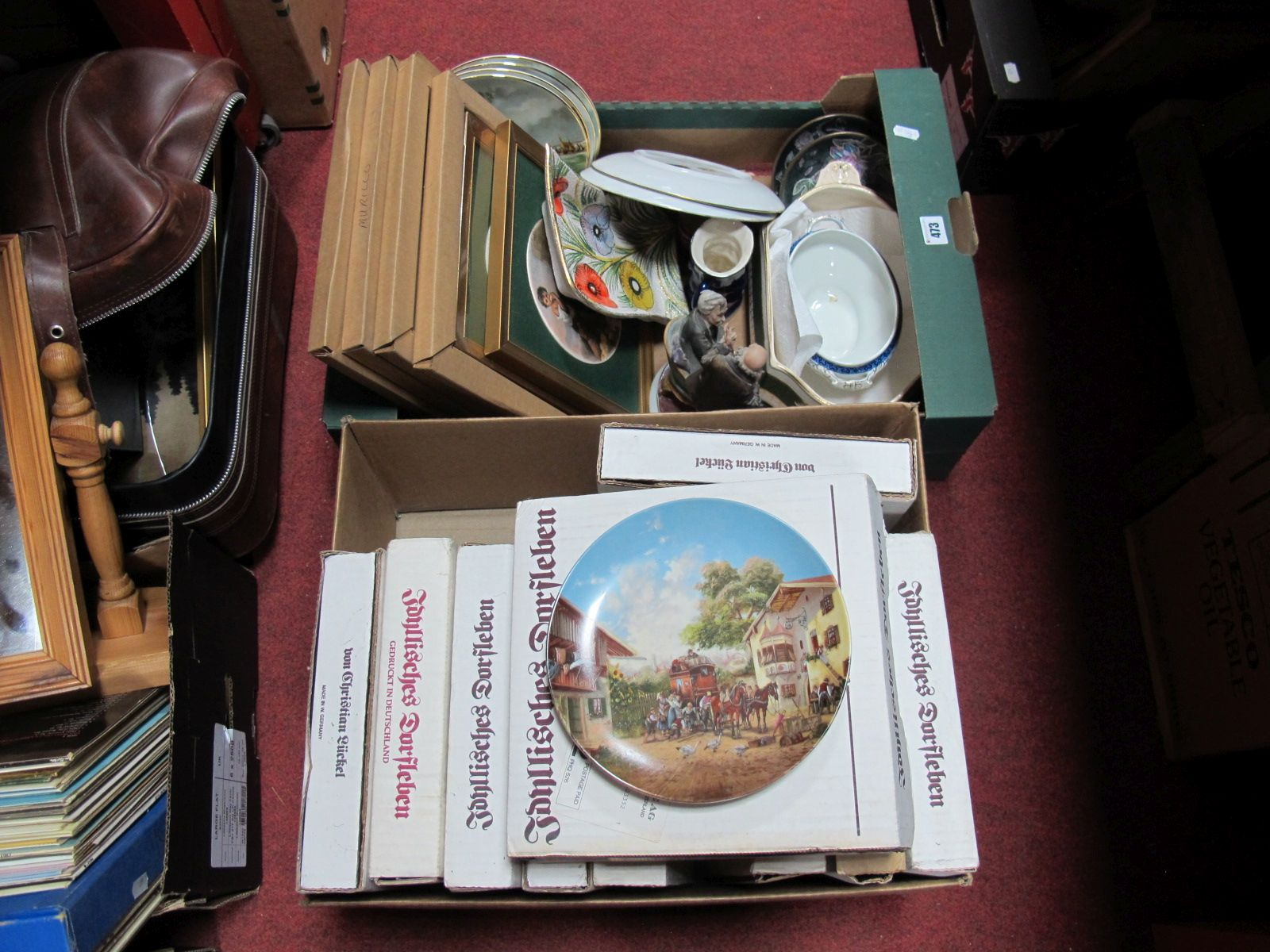 Lot 473 - Italian Dish, Murillo, Seltmann and other collectors plates etc.