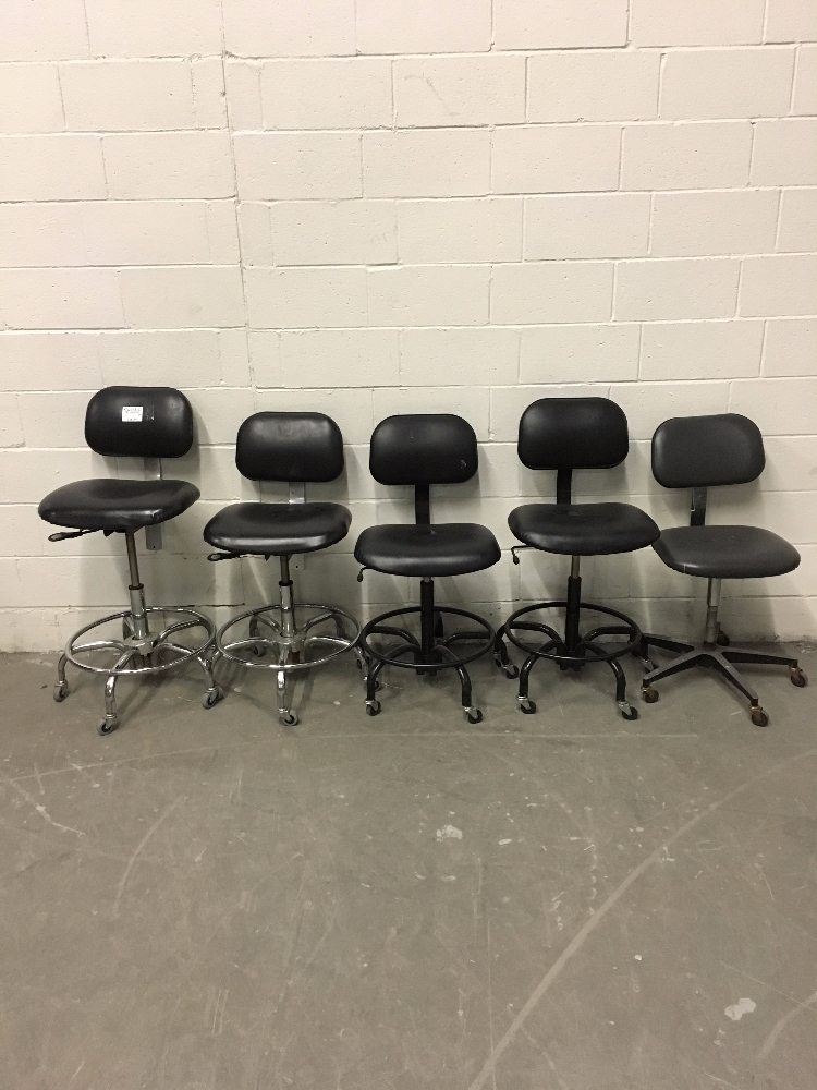 Lot 16 - Lot of (5) Adjustable Height Lab Chairs