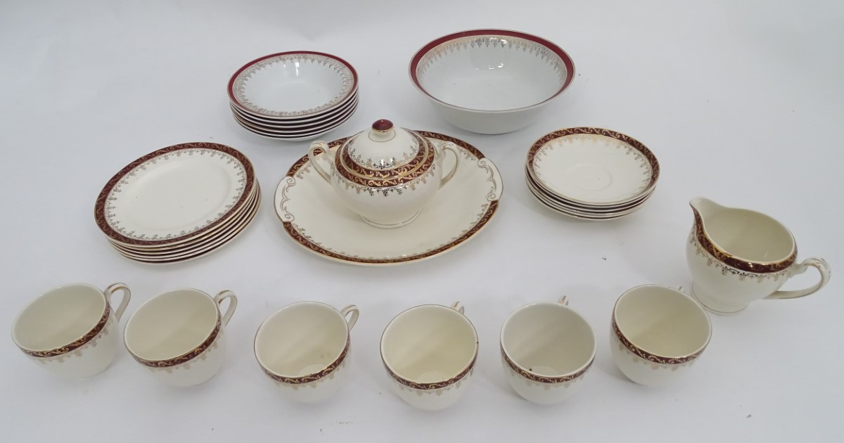 Lot 38 - 6 place Alfred Meaken dinner/tea service CONDITION: Please Note - we do not make