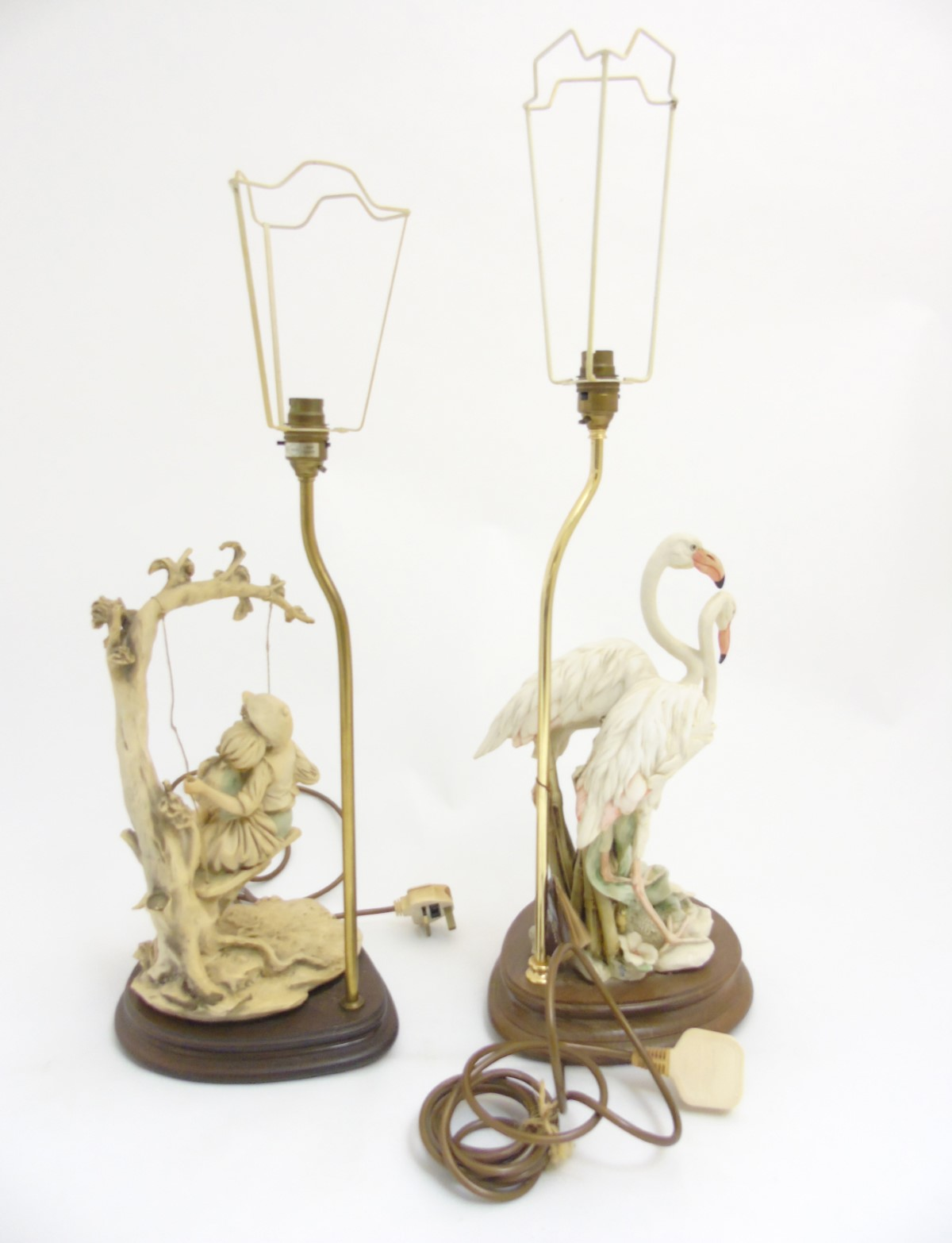 Lot 33 - A Giuseppe Armani lamp sculpture of two flamingos standing in water flora,