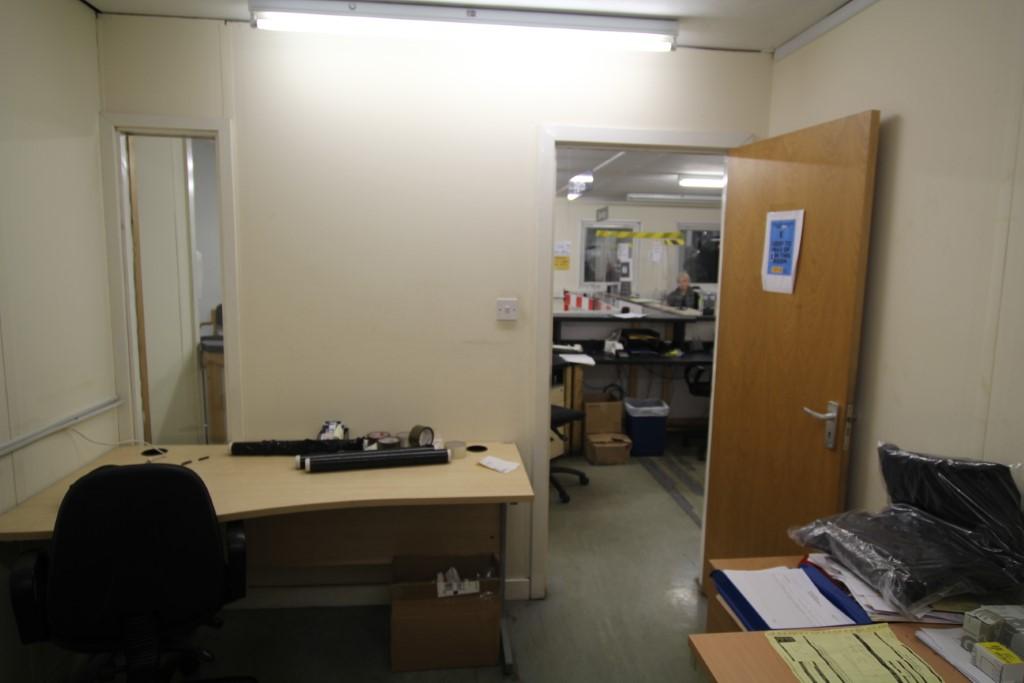 4 Bay Modular Office Building 12m x 10m - Image 15 of 18
