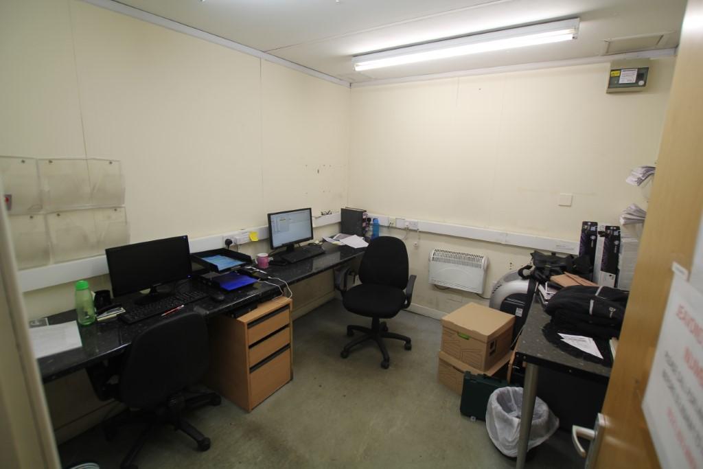 4 Bay Modular Office Building 12m x 10m - Image 10 of 18