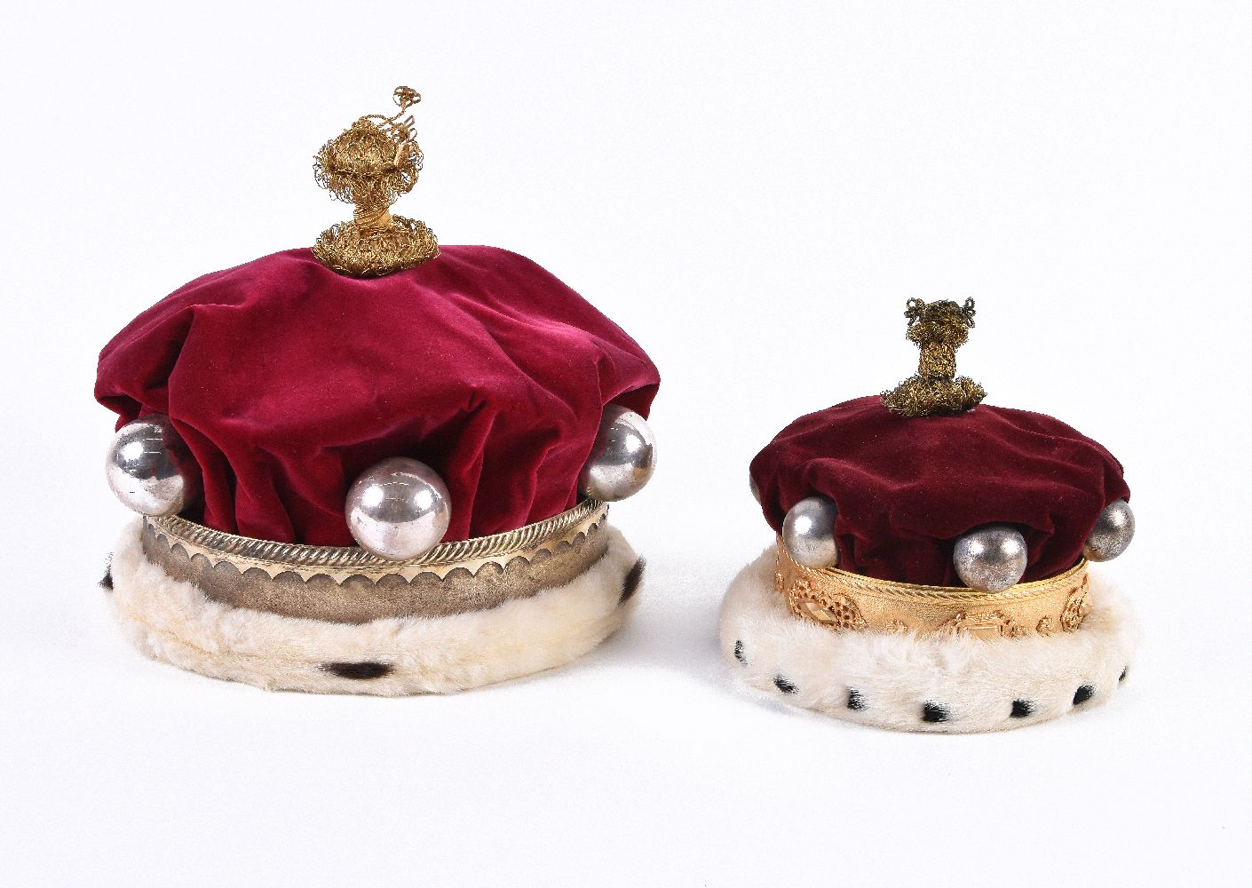 Lot 138 - The coronation coronets and robes of a baron and baroness