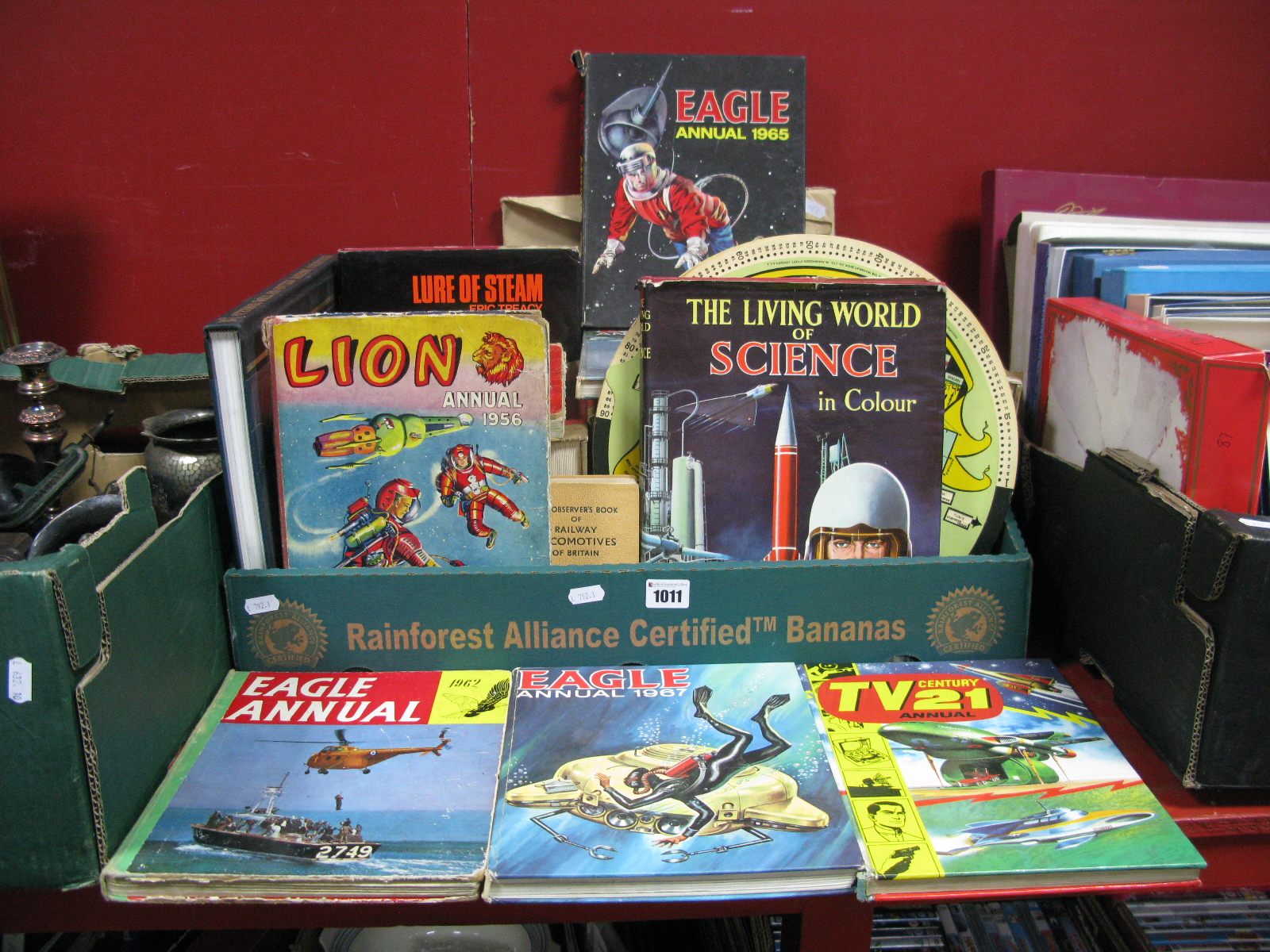 Lot 1011 - Children's Annuals, to include Eagle No. 3 1965, 66, 670 Lion (1956), TV 21 etc, Living Science,