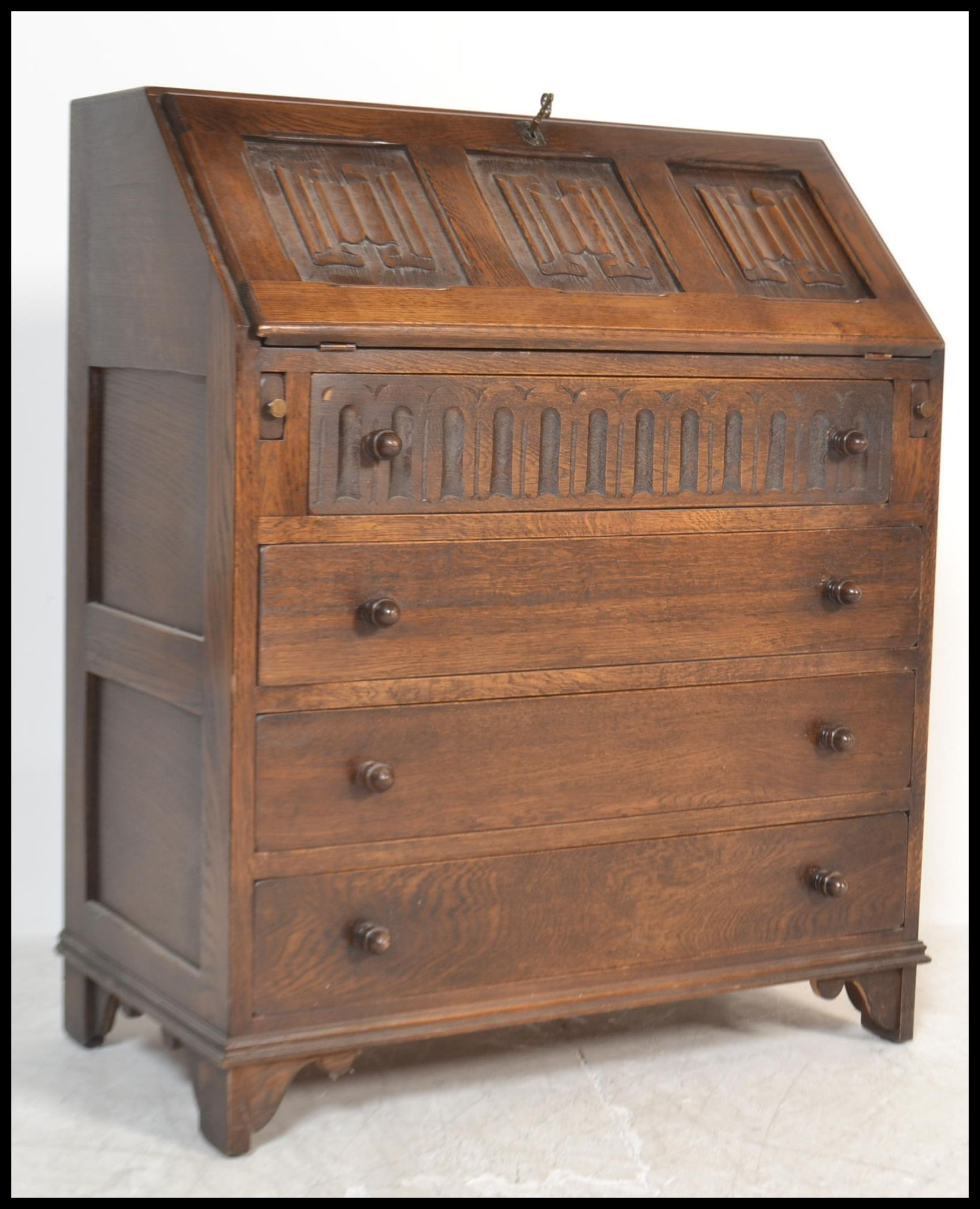 Décoration De Bureau Originale a jaycee / old charm style oak bureau desk with linen fold