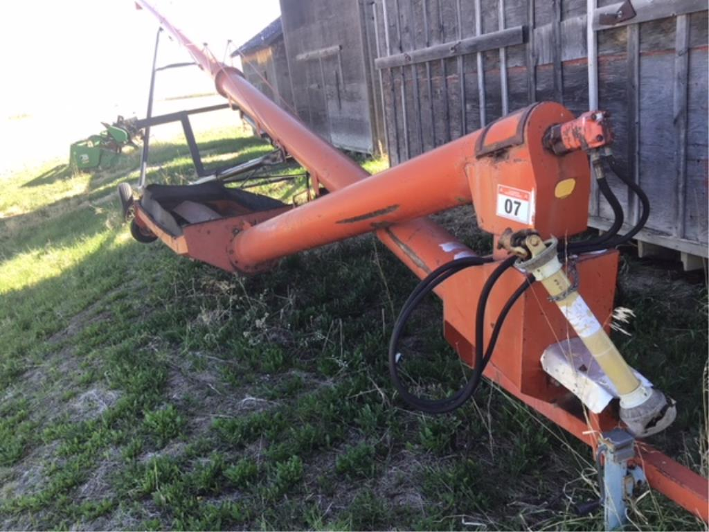 Lot 7 - Brandt 10 x 60 Hyd Drive Swing Out Auger