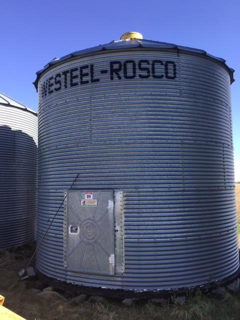 Lot 9 - 14ft x 5-Ring Grain Bin Westeel Rosco Bin