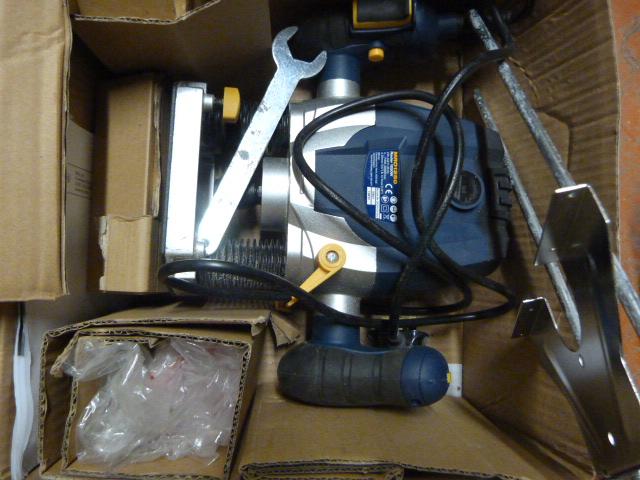 Lot 59 - Macallister 1250 Watt Router