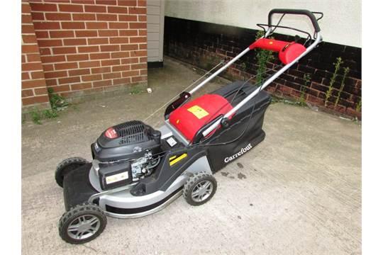 carrefour self propelled petrol lawn mower with honda gcv ohc 160cc rh the saleroom com Honda Commercial 21 Mower Honda Arcs 160Cc Engine