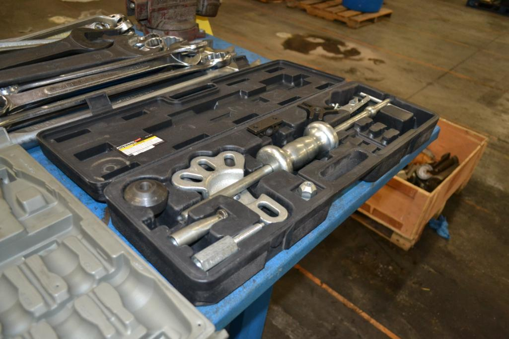 Lot 1 - LOT: Combo Wrenches, Sockets, Slide Hammer, Pneumatic Tools