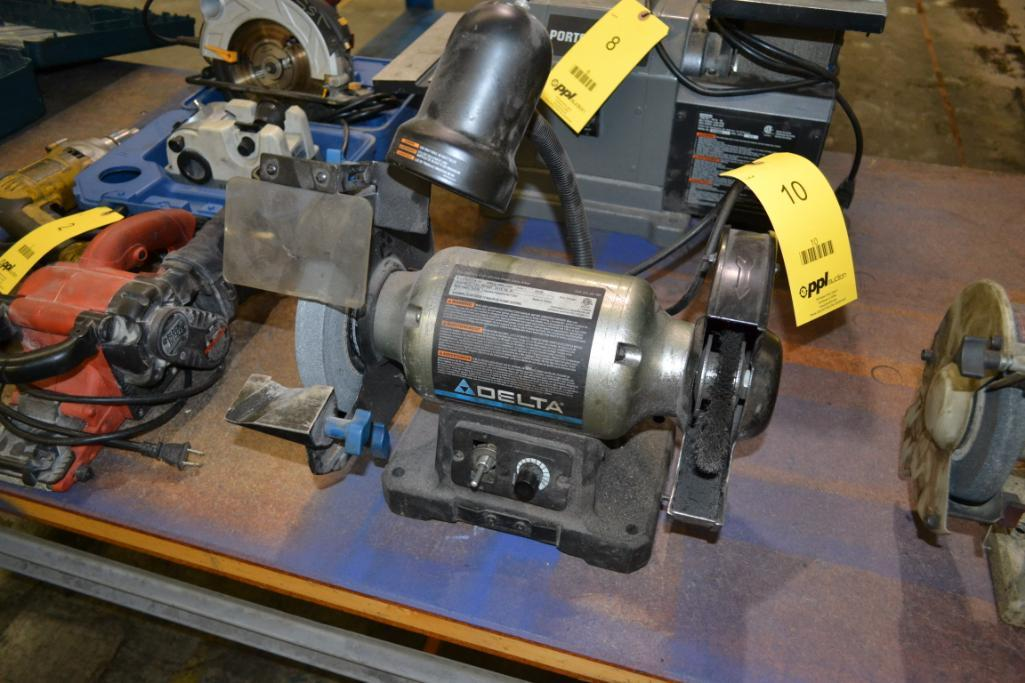 Lot 10 - Delta 8 in. Double End Bench Top Grinder