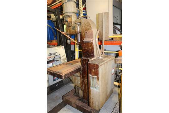 "Lot 7 - Johansson 28"" Geared Head Single Spindle Drill Press"