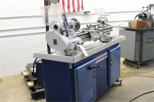 Late model South Bend Heavy 10 lathe Catalog No  CL8187RB