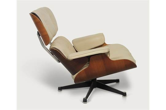 Charles Eames 670 Lounge Chair C,1950 Early First Edition Chair Produced  Under License By Hillie,
