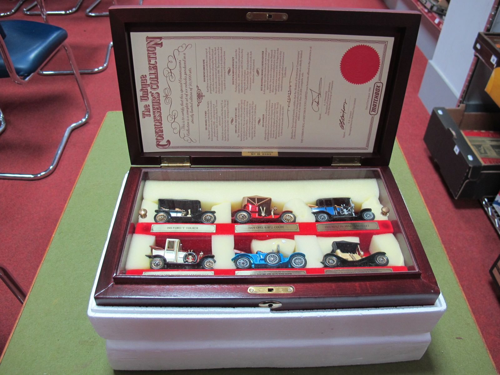 Lot 19 - A Matchbox 'Models of Yesteryear' Diecast Six Vehicle Connoisseurs Collection, displayed in a wooden