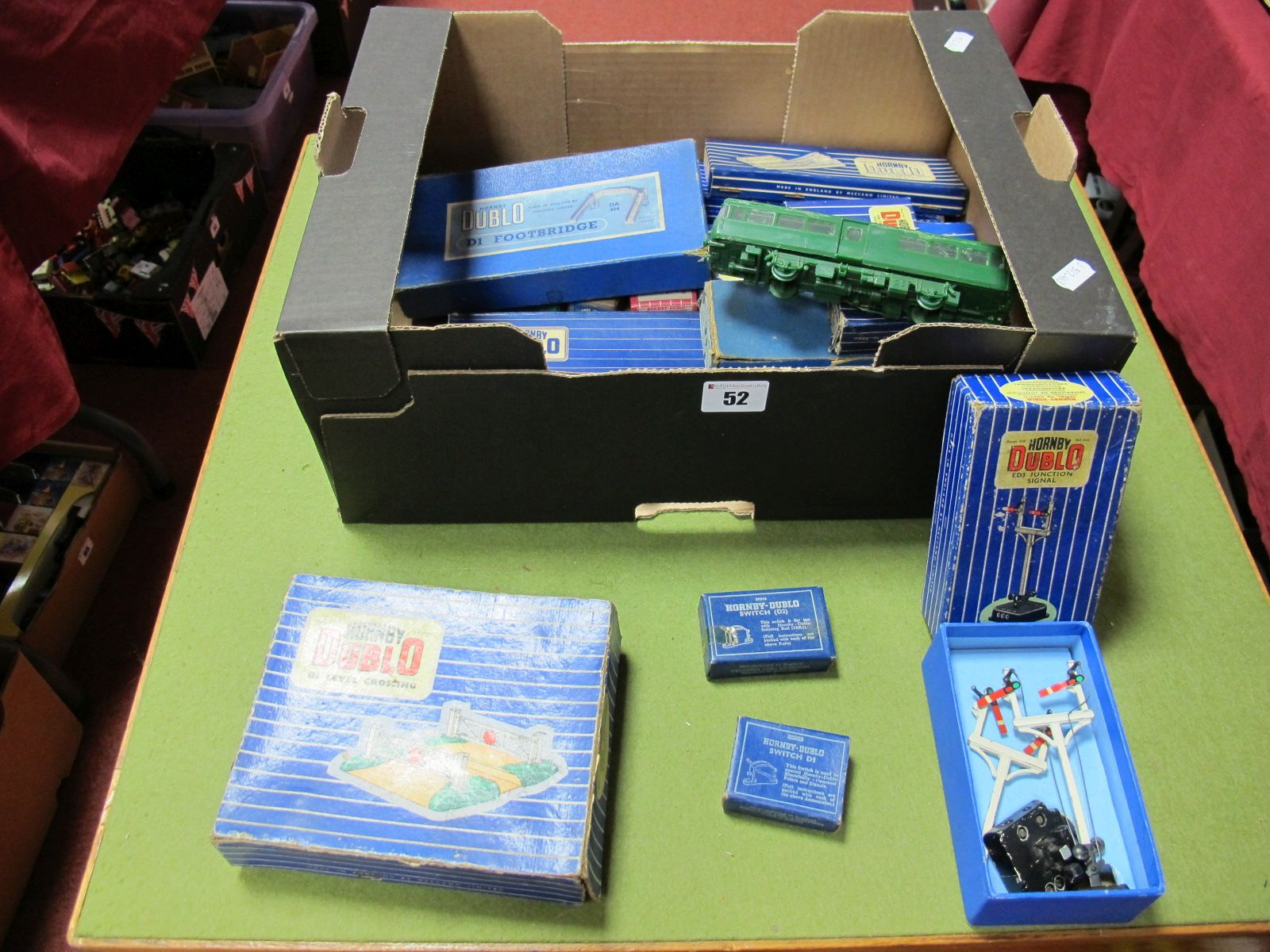 Lot 52 - A Collection of Boxed Hornby Dublo Accessories, including #ED3 electrically operated signal, points,