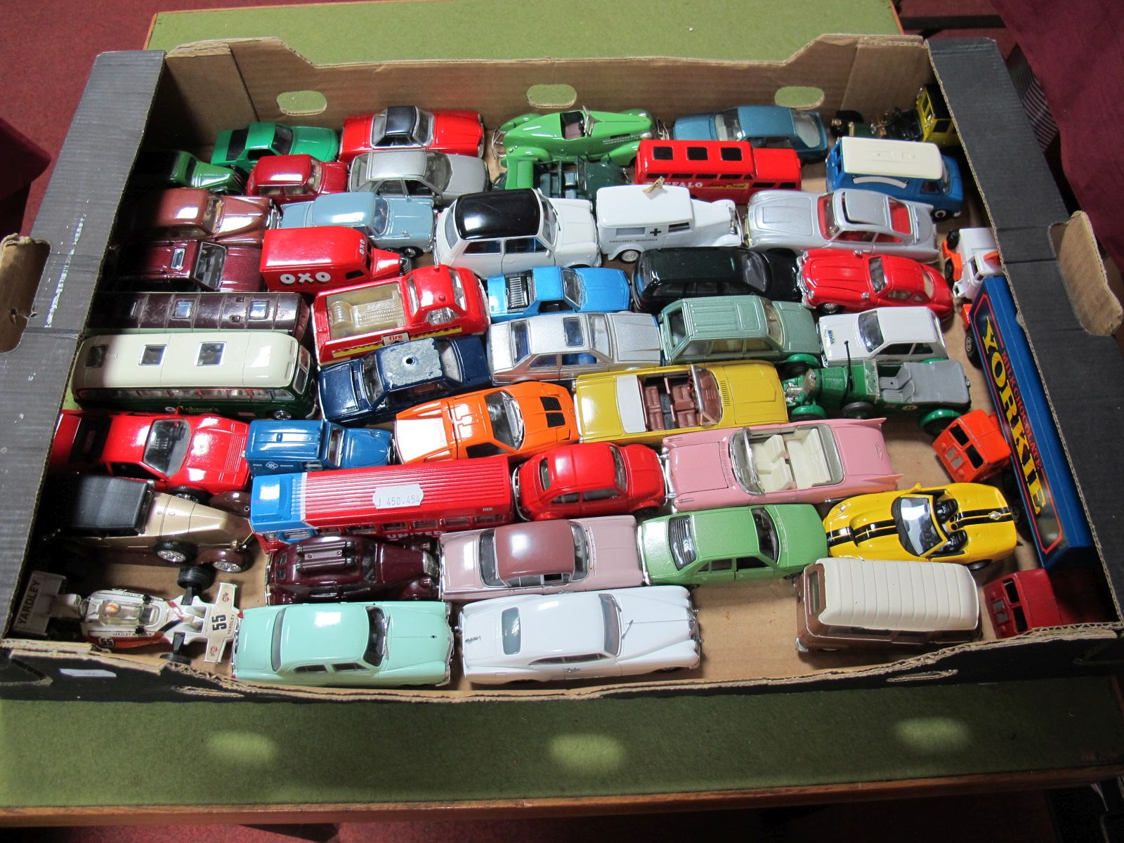 Lot 47 - A Quantity of Modern Diecast Vehicles by Corgi, De Agostini, EFE, Burago, Mattel, Solido, Days Gone,