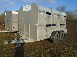 Lot 25 - Graham Edwards 12' livestock trailer