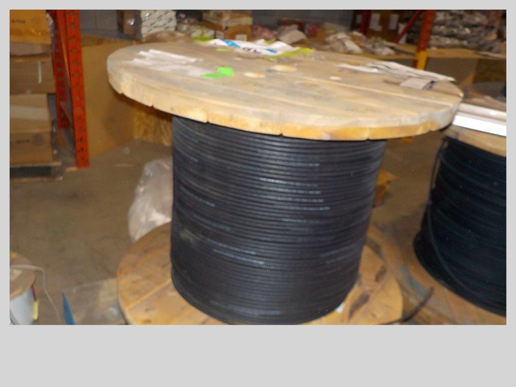 Lot 11 - lot: wire / fils: # 16 AWG, POLYRAD, shielded, XT/NEO (2,730')