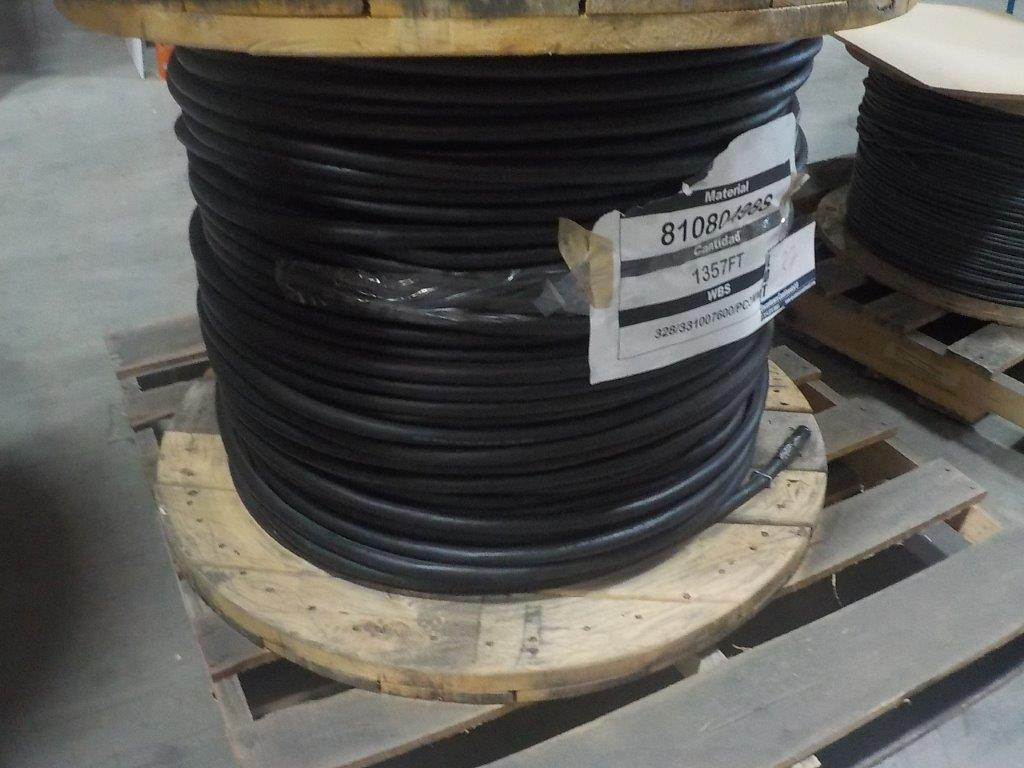 Lot 37 - lot: wire / fils: multiconductor, 2 pr, 16 AWG, 600V, 125 celcius (1,357')