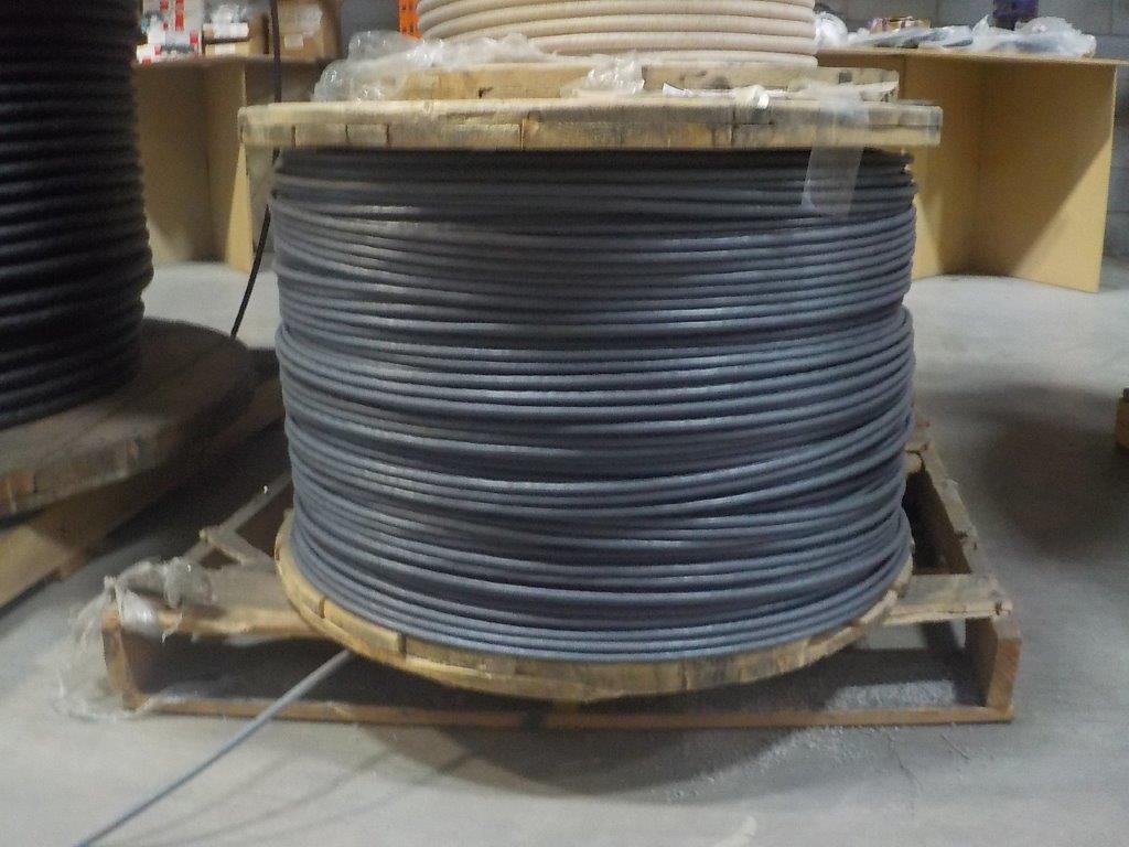 Lot 25 - lot: wire / fils: # 3/C, 16 AWG, shielded (5,390')