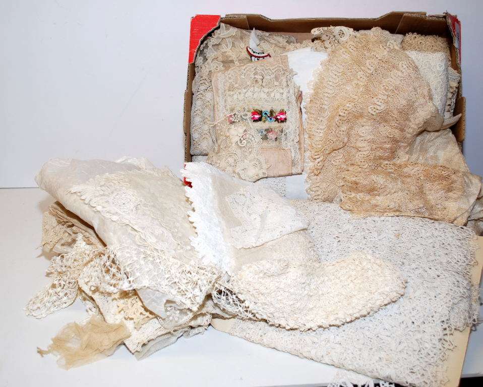 Lot 40 - TWO BOXES OF VINTAGE LACE EDGING,