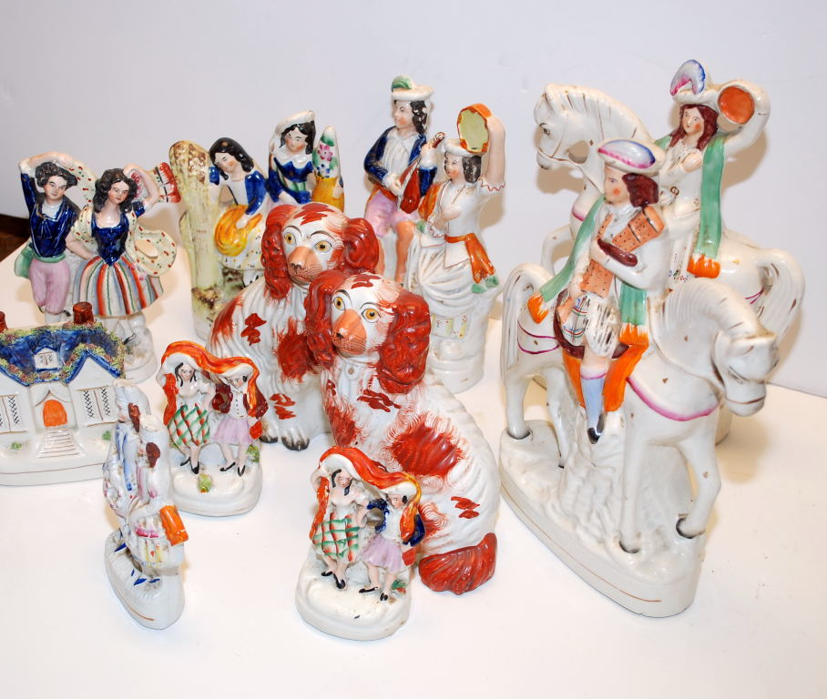 Lot 43 - A COLLECTION OF 11 PIECES OF STAFFORDSHIRE POTTERY TO INCLUDE PAIR OF SPANIELS,