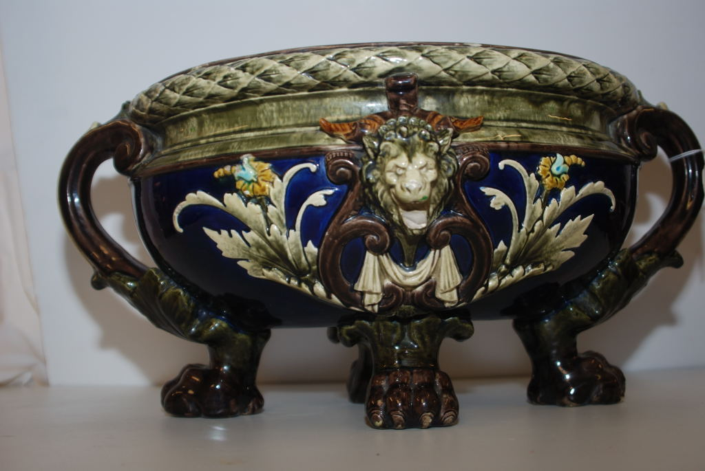 Lot 31 - VICTORIAN MAJOLICA TYPE OVAL JARDINIERE WITH LION PAW FOOT (RESTORATION)