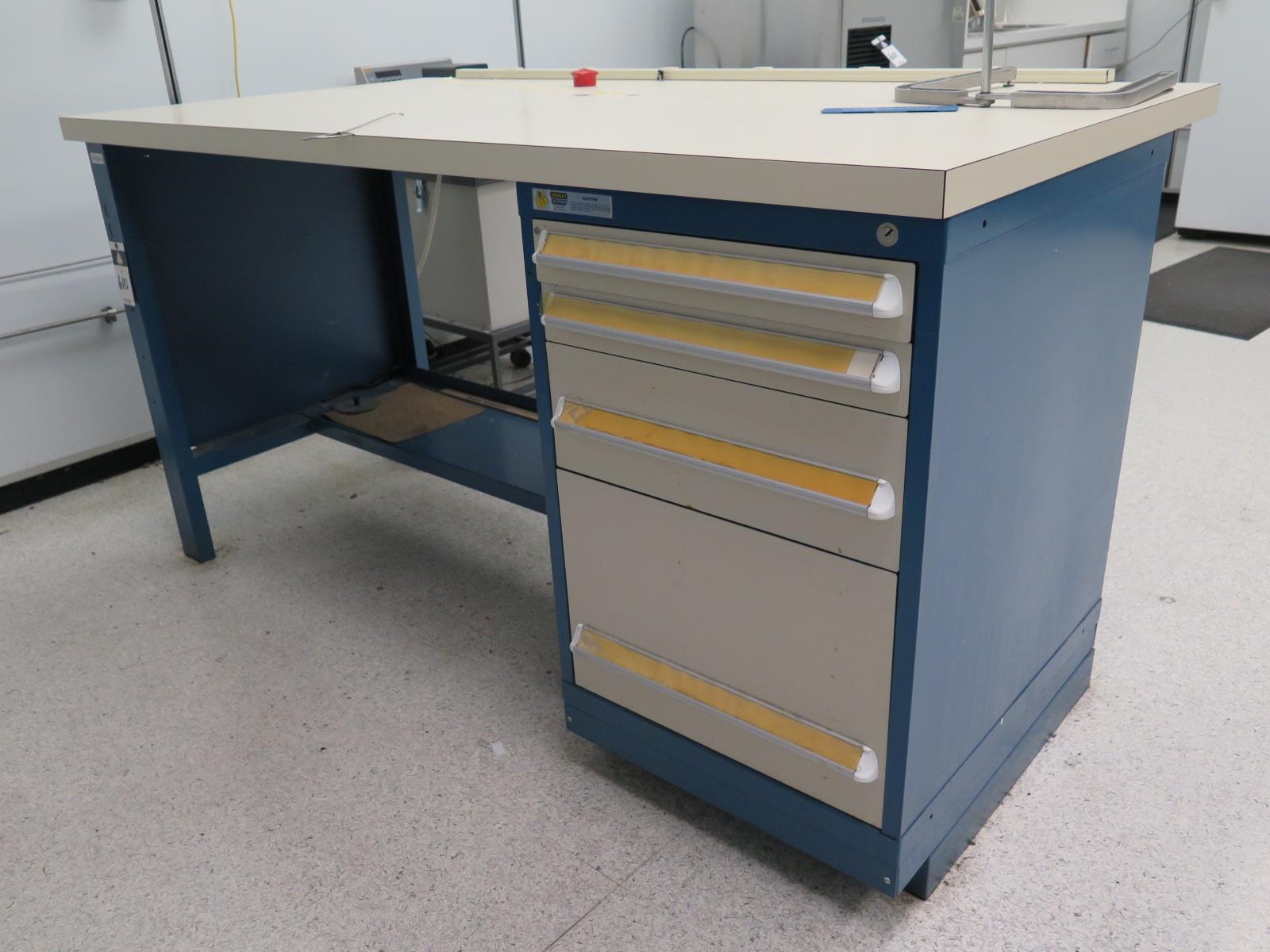 Vidmar 4 Drawer Lab Bench