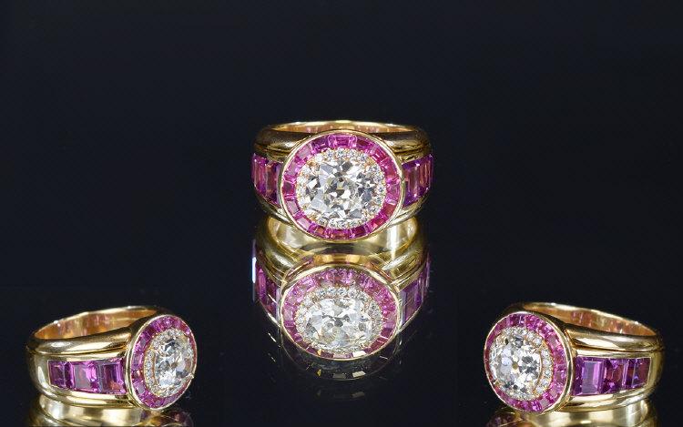 Lot 116 - 18 Carat Yellow Gold Set Top Quality And