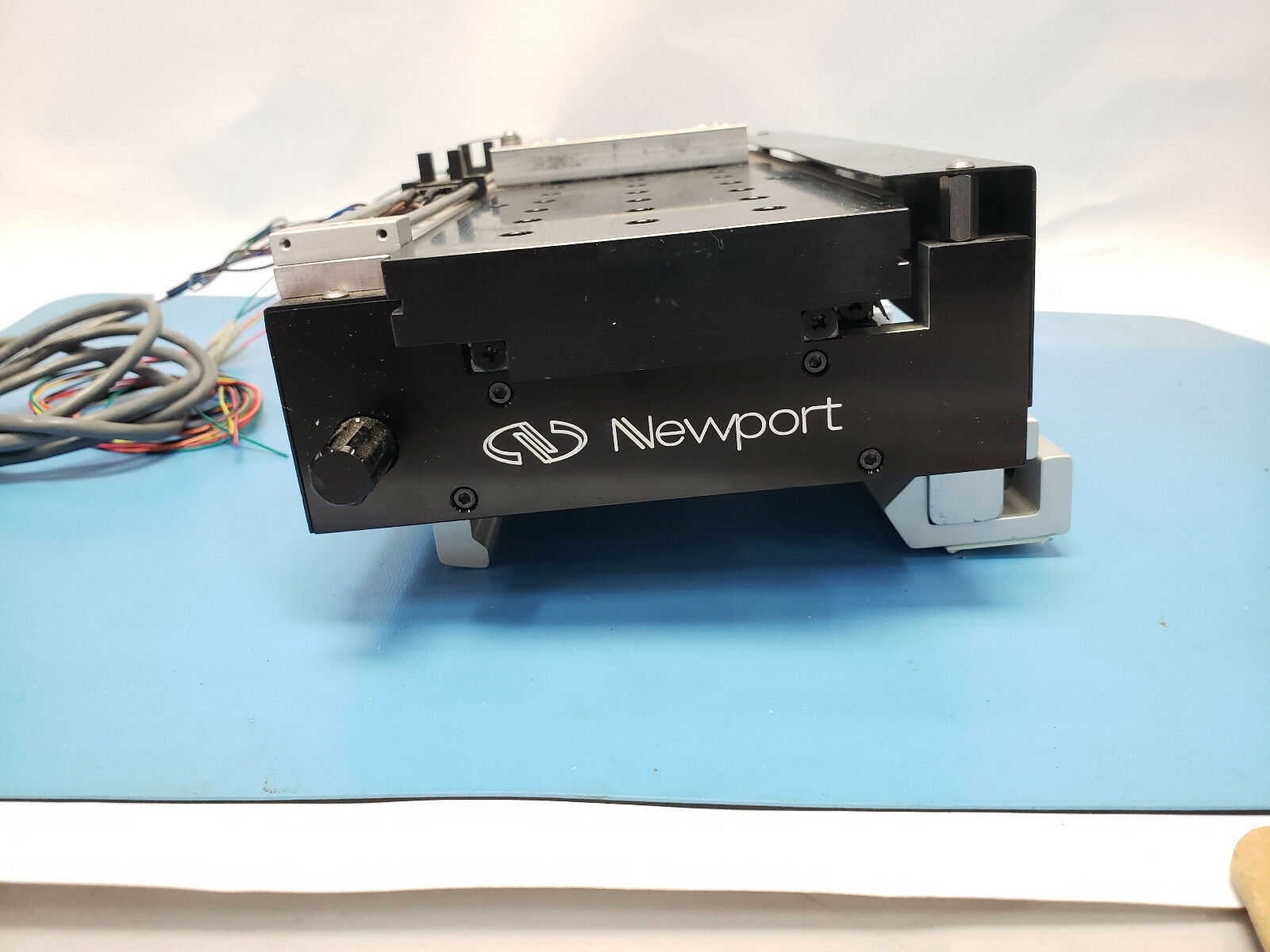 Lot 4A - Newport Linear Stage With Motor