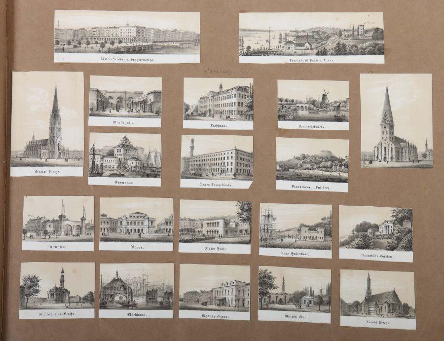 Album Mit ca. 180 eingeklebten Personen-, Stadt- und Landschaftsdarstellungen, verschiedene - Bild 9 aus 10
