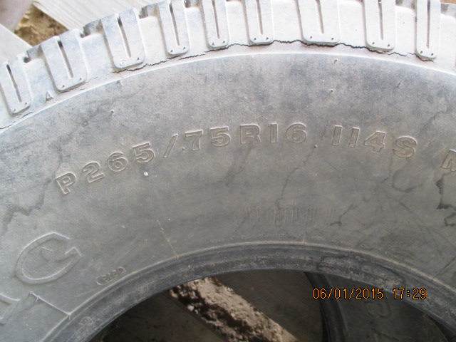"(2) 16 tires, (1) LT235/85R16 w/wheel, (1) 16"" w/wheel - Image 2 of 7"