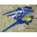 (4) blue chain binders ($x4)