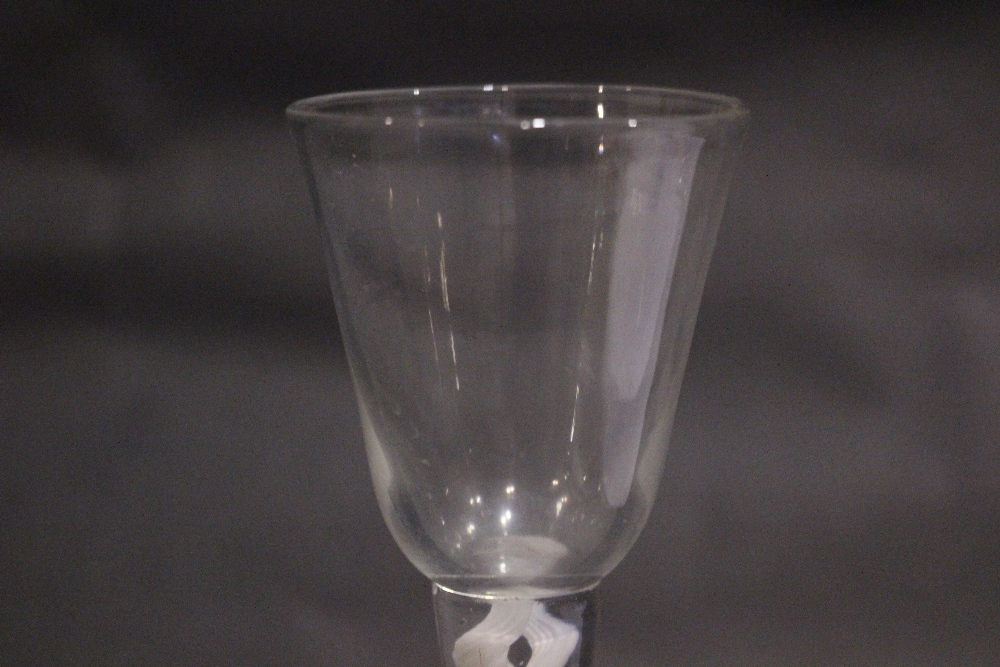 """AN 18TH CENTURY DOUBLE OPAQUE TWIST STEM WINE GLASS, 6.75"""" tall approx, in excellent condition - Image 4 of 5"""