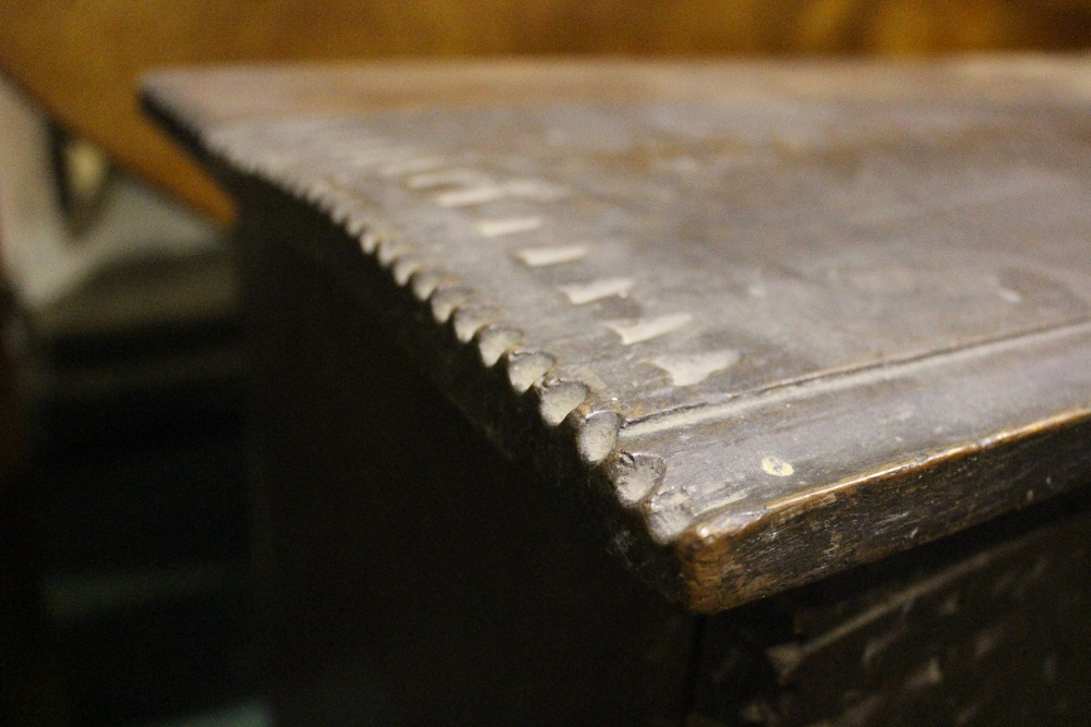 AN OAK COFFER CHEST / MARRIAGE CHEST, with carved initials to the front and a love heart motif to - Image 6 of 7