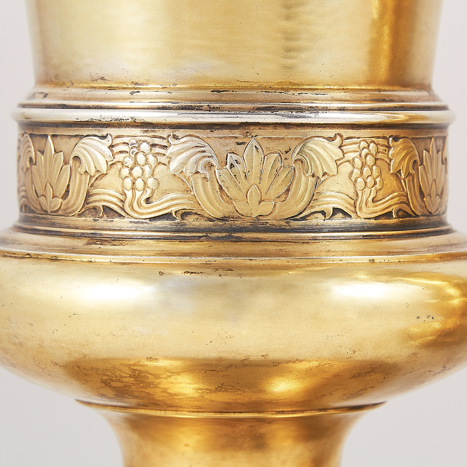 PAIR OF ANTIQUE STERLING SILVER GILT VASES, FREDERICK DENDY WRAY, LONDON 1914 the tapering bodies - Image 3 of 3
