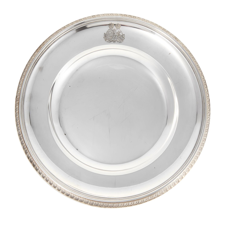 SIX ANTIQUE AUSTRO-HUNGARIAN DINNER PLATES, J C KLINKOSCH CIRCA 1880 circular form with acanthus
