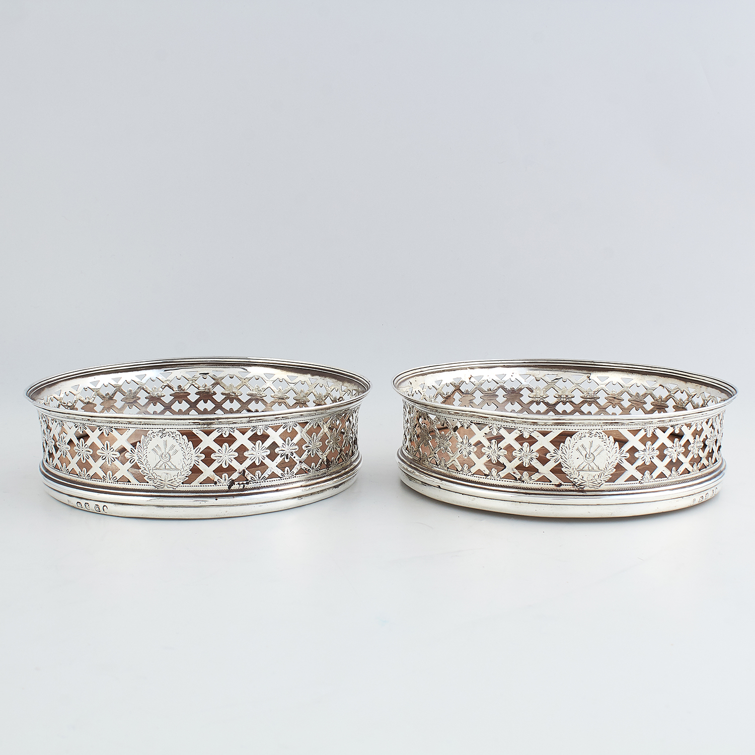 PAIR OF ANTIQUE GEORGE III STERLING SILVER WINE COASTERS, ROBERT & DAVID HENNELL, LONDON 1798 of