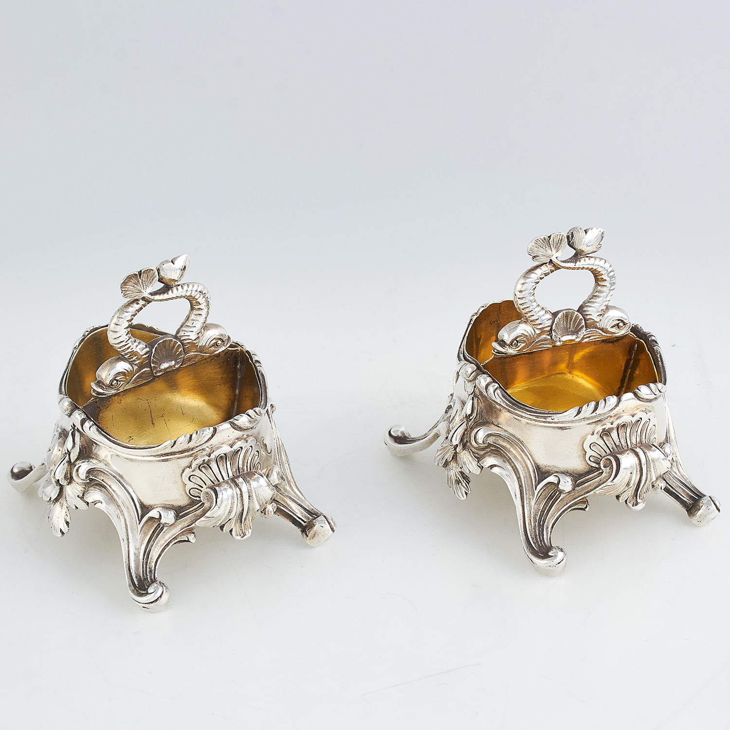 Los 48 - PAIR OF ANTIQUE FRENCH SILVER SALT CELLARS, F DUNARD CIRCA 1870 of oval form, each raised on four
