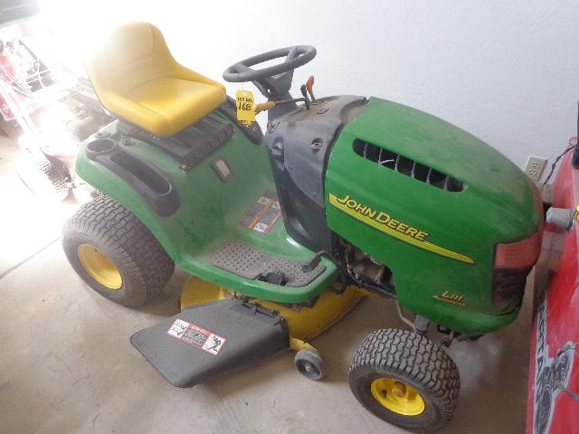 Lot 168 John Deere L111 Automatic 20 Hp Riding Lawn Mower