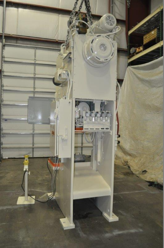 """90 TON NIAGARA MODEL E90 OBI BACK GEARED PRESS; S/N 52482, 39"""" LEFT TO RIGHT X 25"""" FRONT TO BACK - Image 8 of 9"""