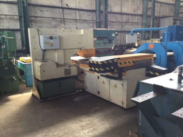 """110 TON GEKA CNC PUNCH; S/N 9702, PUNCHING CAPACITY 110 TONS, CAPACITY IN _"""" MATERIAL 1-1/2"""", - Image 3 of 10"""