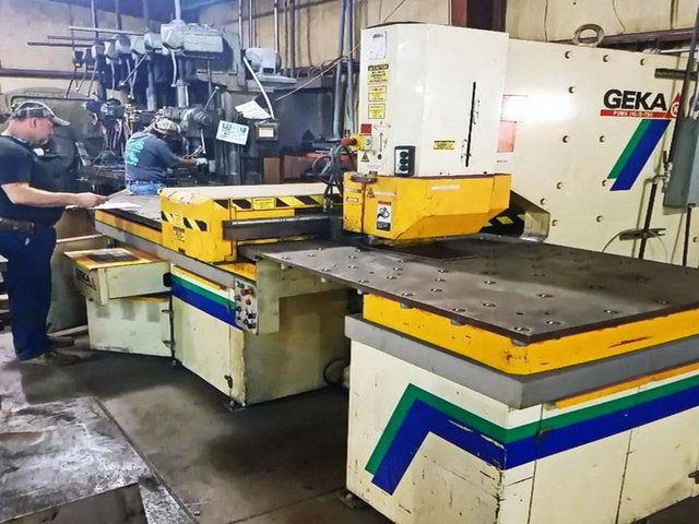 """110 TON GEKA CNC PUNCH; S/N 9702, PUNCHING CAPACITY 110 TONS, CAPACITY IN _"""" MATERIAL 1-1/2"""", - Image 10 of 10"""