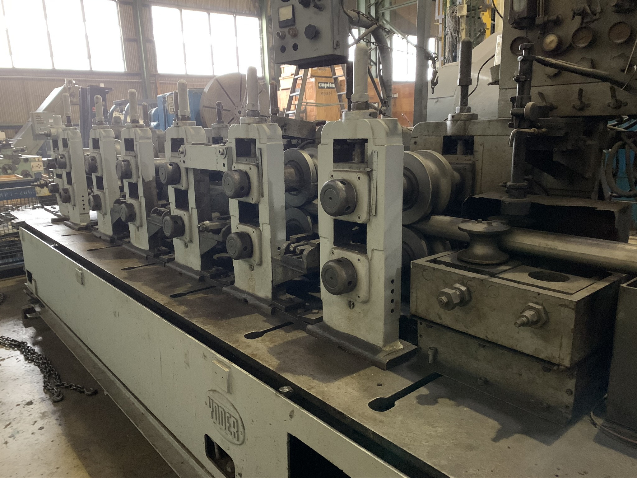 YODER MODEL M3 TUBE MILL; S/N 39774 68259-1, 9-STAND 7-DRIVEN FORMING STANDS, (2) SIZING STANDS, - Image 3 of 9