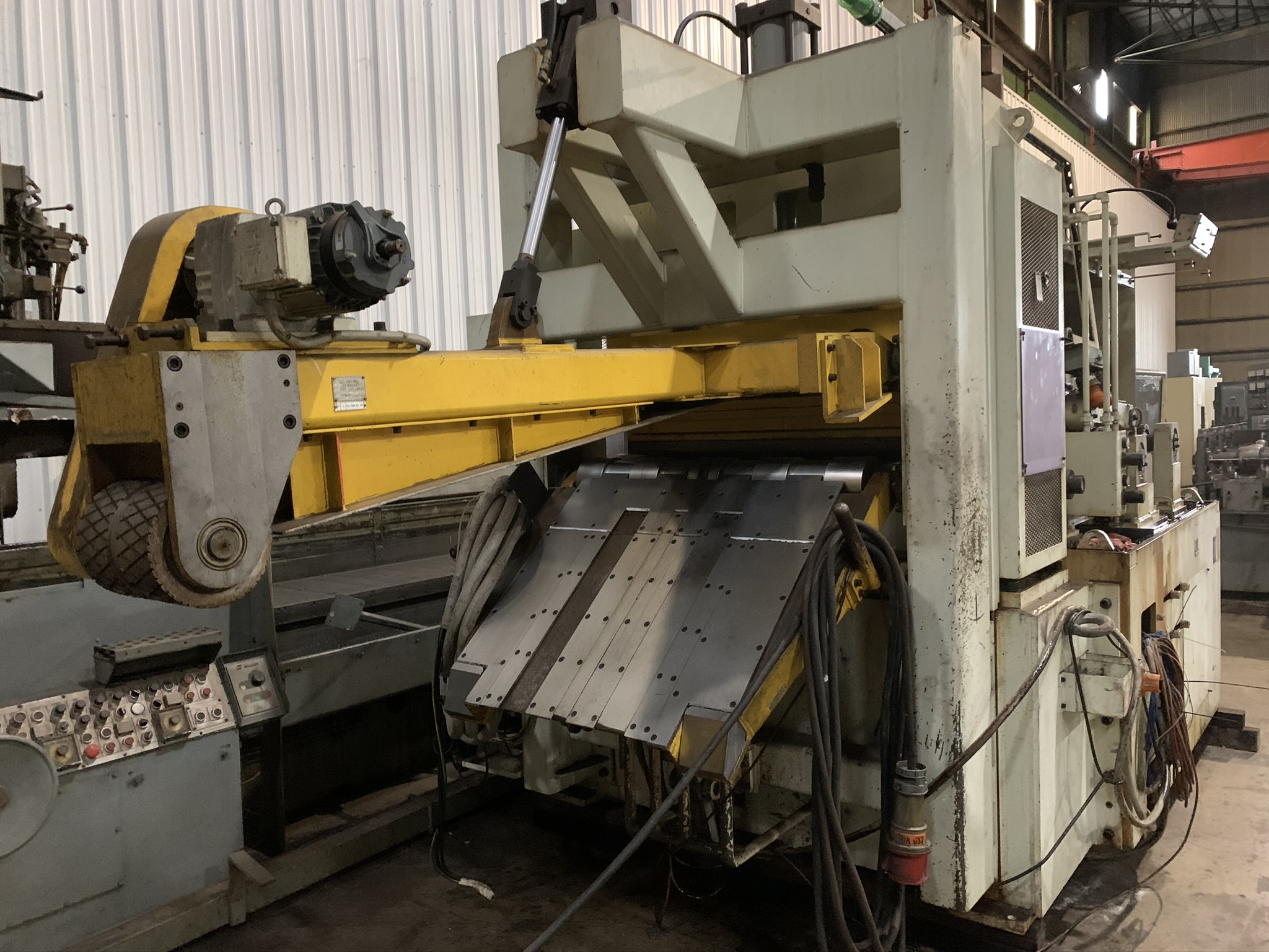 "11,000 LB. X 39"" X .177 SONORUKA SERVO FEED LINE; S/N 4533-4550, COIL WEIGHT 5,000 KG - 11,023 - Image 10 of 17"