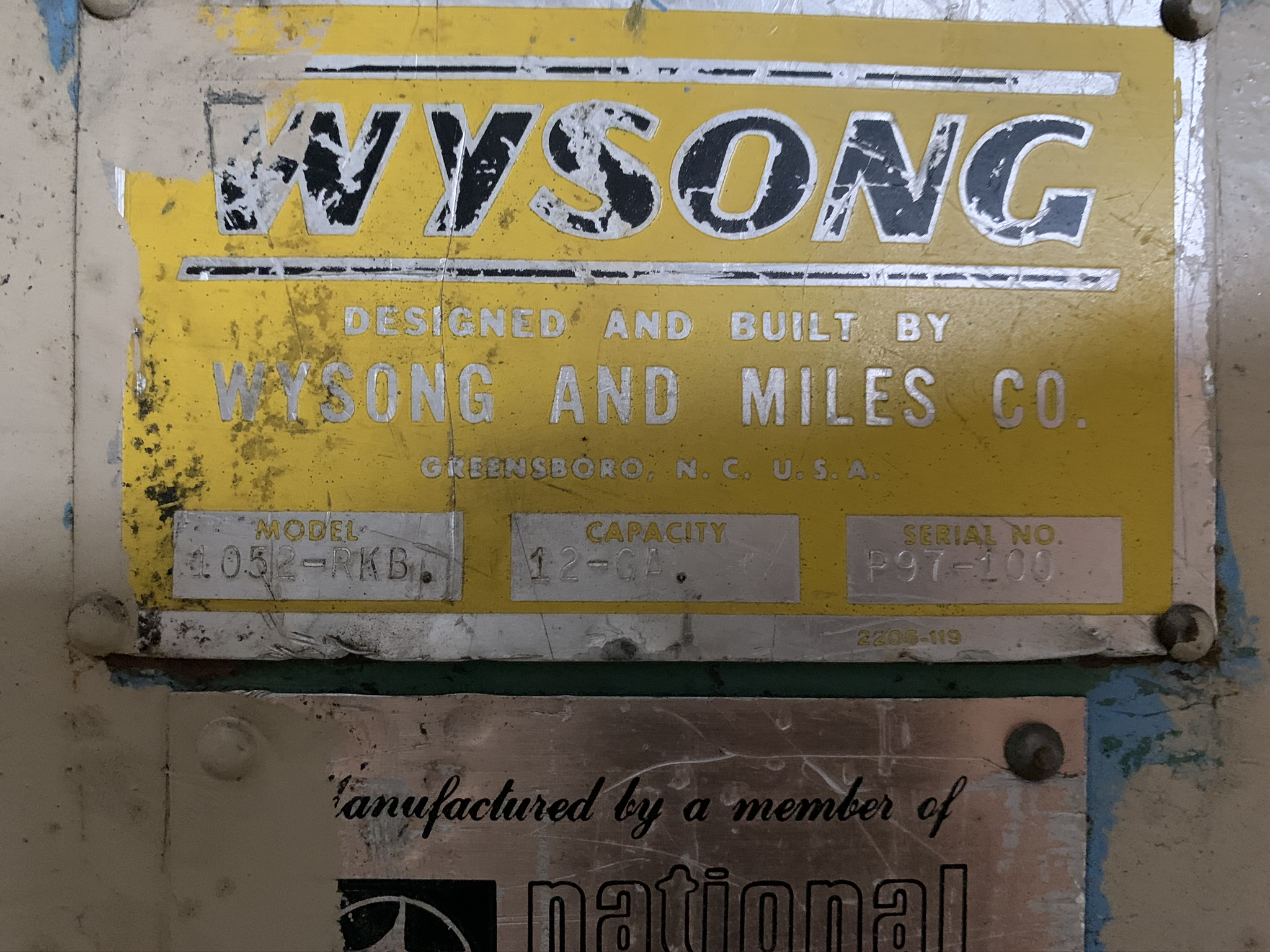 """WYSONG MODEL 1052 RKB LINE SHEAR; S/N P97-100, 52"""" WIDTH, AIR CLUTCH, BOW TIE BLADE, 15 HP 230/460 - Image 2 of 5"""