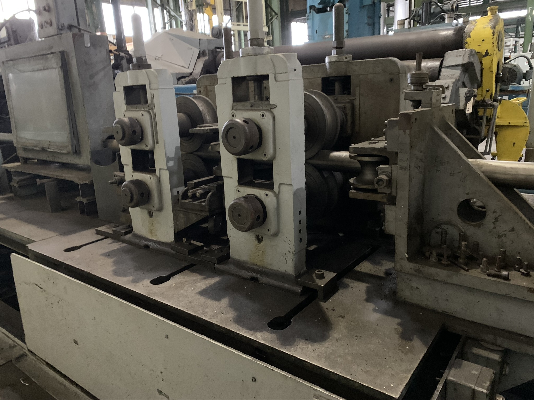 YODER MODEL M3 TUBE MILL; S/N 39774 68259-1, 9-STAND 7-DRIVEN FORMING STANDS, (2) SIZING STANDS, - Image 2 of 9